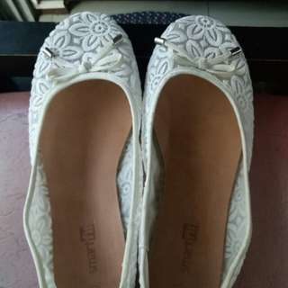 Lace doll shoes Size 2