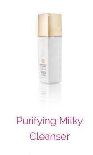 Milky Cleanser with 24K gold