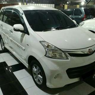 Toyota Veloz 2012 matic, putih..Take Over resmi