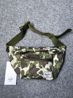 Hershel waist bag camo best seller