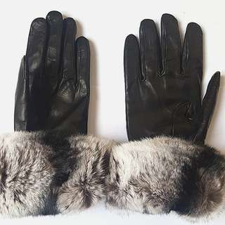 New Italian Made Leather Cashmere and Fur Gloves in Black