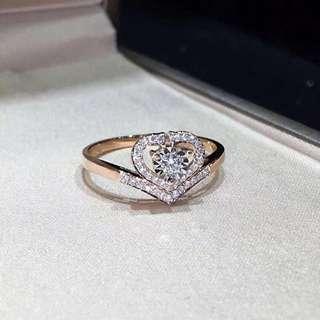 心型 18k金鑲鑽石戒子 主钻十副石共D0.15ct