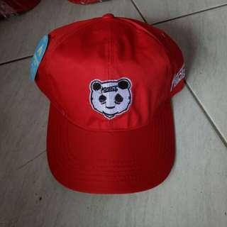 Topi snapbak yang trendy