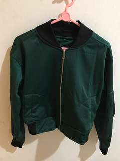 Crop bomber jacket -green