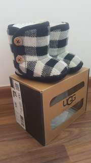 UGG baby winter booties