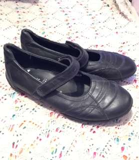 Charity Sale! Authentic Geox Respira Girl's BLACK SHOES size 13 US #freedelivery3