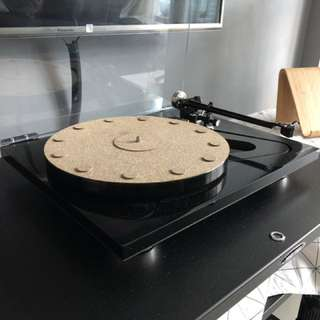 Rega RP8 with Hana SL (used)