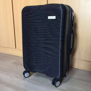 """BN New Yorker 24"""" Luggage Bag"""