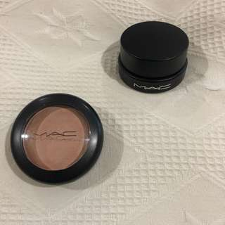 MAC eyeshadow/cream highlighter