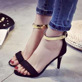 2018 summer Rome shoes European and American fine with high heels sexy open toe sandals word deduction ladies sandals tide
