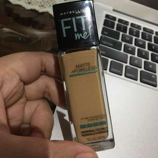 Maybelline FitMe Matte Poreless Foundation