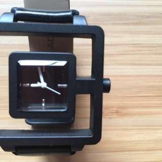 Black Hollow Design Korean Fashion Watch [Unisex]