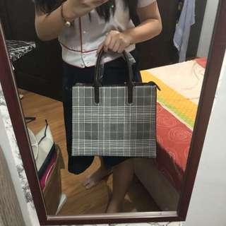 New! Checkered Tote handbag