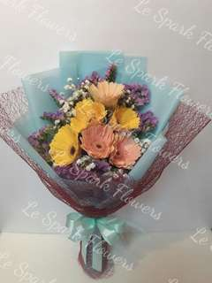 Top quality Fresh Bouquets! Going fast!