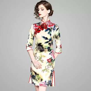 1/2 sleeve floral prints modern cheongsam vintage Qipao dress with a side slit