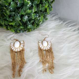 JUAL RUGI NEW anting putih bunga