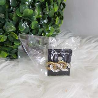 JUAL RUGI NEW anting chanel replika