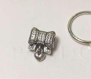 Pandora ribbon charm 蝴蝶結閃石吊珠