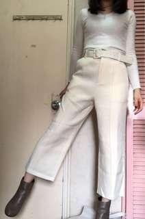 白色薄絨西裝cut闊褲