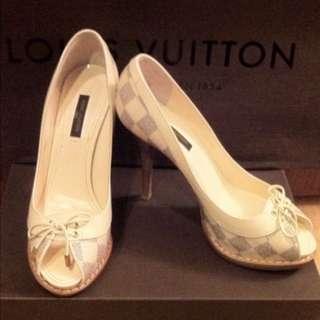 Louis Vuitton 高跟鞋