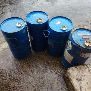 Drum besi ukuran 30 ltr