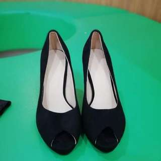 Repriced!! Parisian moccasin high heel pumps