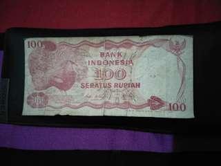 Saya jual uang Rp.100 lama.