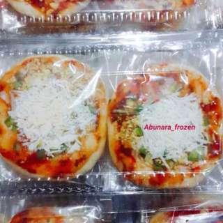 Pizza mini, Samosha dan Pastel