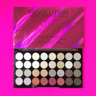 ✨READYSTOCK✨ Makeup Revolution — Ultra 32 Eyeshadow Palette Flawless 3 Ressurection