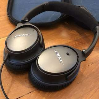 Bose QuietComfort 25 with new pads!