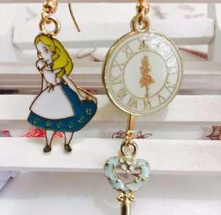 Alice 耳環