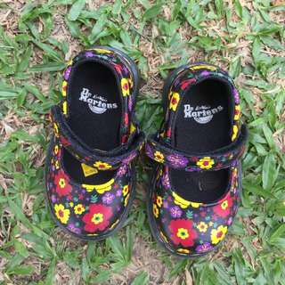 Dr. Martens Original Kids Shoes