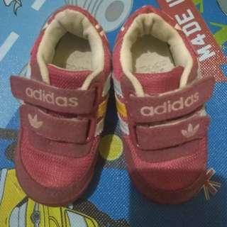 Sepatu Adidas anak