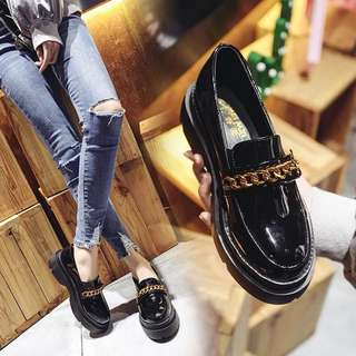 Spring new street shoot small shoes British 2018chic sponge cake thick sole retro casual shoes social shoes