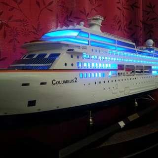 Cruise Ship Columbus 2