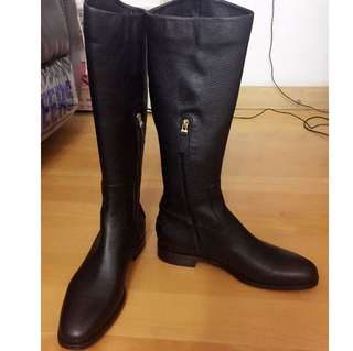 FENDl Black Leather Knee High Boots Euro Size 40