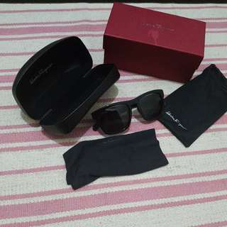 BNWB Authentic Ferragamo Sunnies