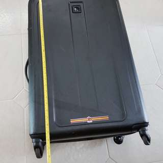 Delsey luggage 28cm