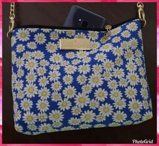 BKK Original Blue Daisy