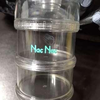 🚚 Nac Nac奶粉外出三層盒