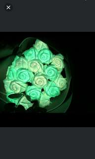 ($49.90) GLOW IN THE DARK Soap Rose Bouquet