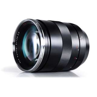 ZEISS 135mm f/2 Apo Sonnar T* ZE - Canon Mount