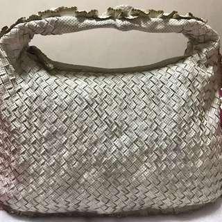 Authentic Bottega Veneta limited edition leather intrecciatto Hobo small