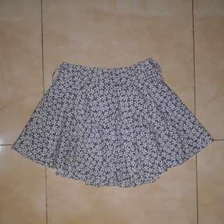Floral Skirt (rok celana)