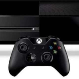Xbox One console with 2 Controllers(games included)