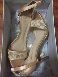 vincci heel