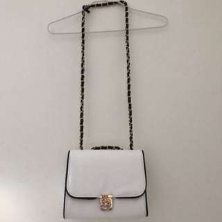 Colette white cross shoulder bag