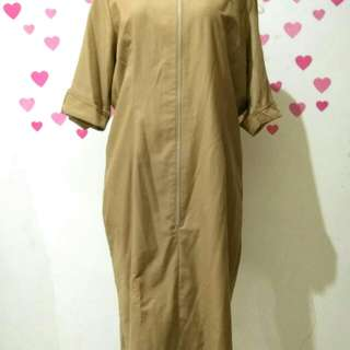 Light brown zipper dress