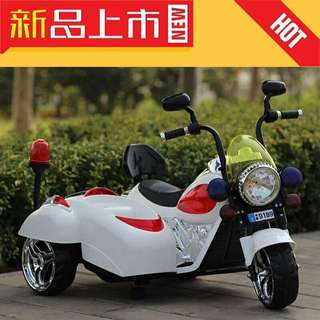White Rechargeable Tricycle Toy Motorcycle 2 Seater