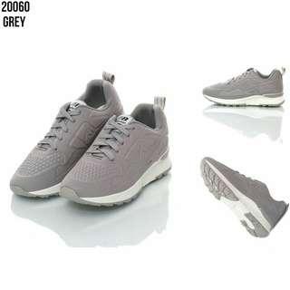 ☺ Nama : Sepatu Fashion Nike Emboss Skin Harga : IDR 230.000 Kode : 20060 Berat : 8 Ons Bahan : Kanvas&Rubber Kualitas Impor ❤